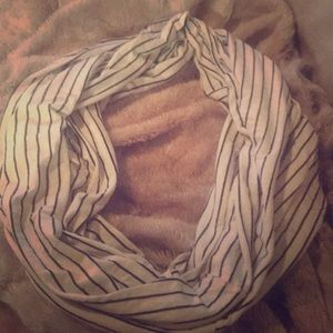 Infinity scarf. Never been used.